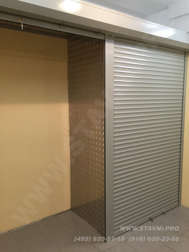 Роллетный шкафа для самостоятельной установки стеллажей