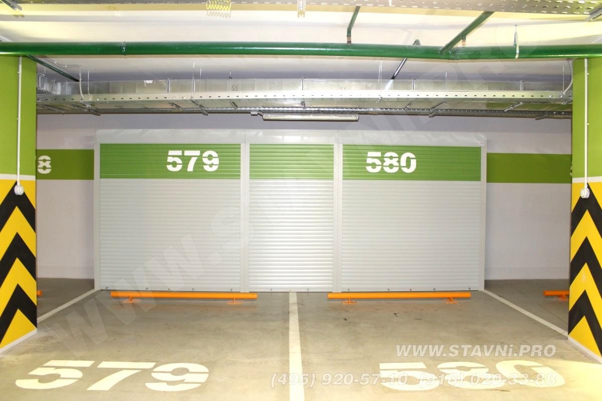 закрытый роллетный шкаф в паркинге в садовых кварталах