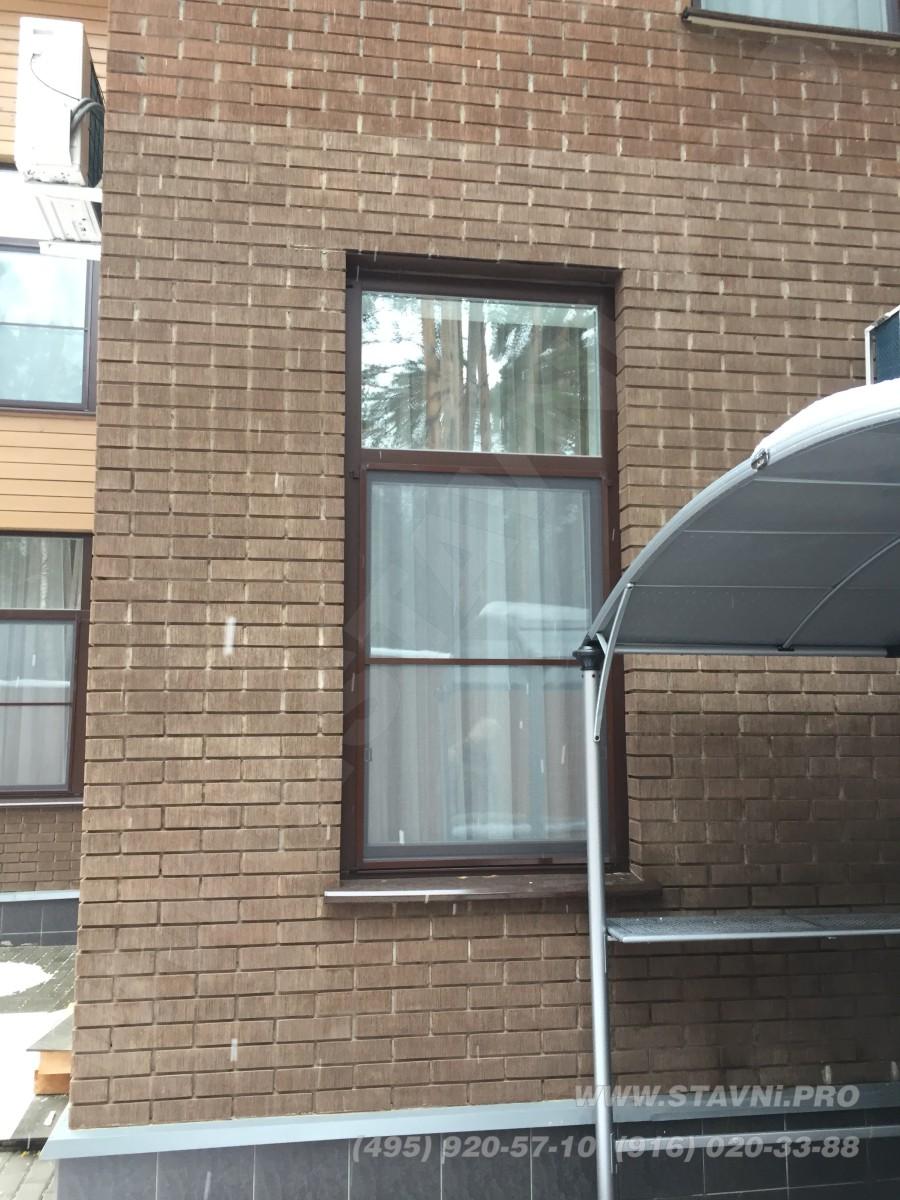 Окно перед установкой защитной электрической рольставни