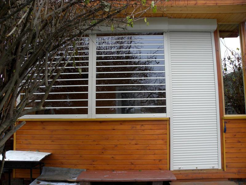 Рулонные шторы для беседок и веранд из поликарбоната