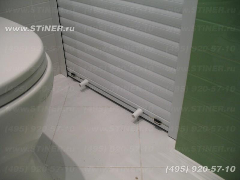 белая роллета в ванной чтобы спрятать стиралку и закрыть нишу