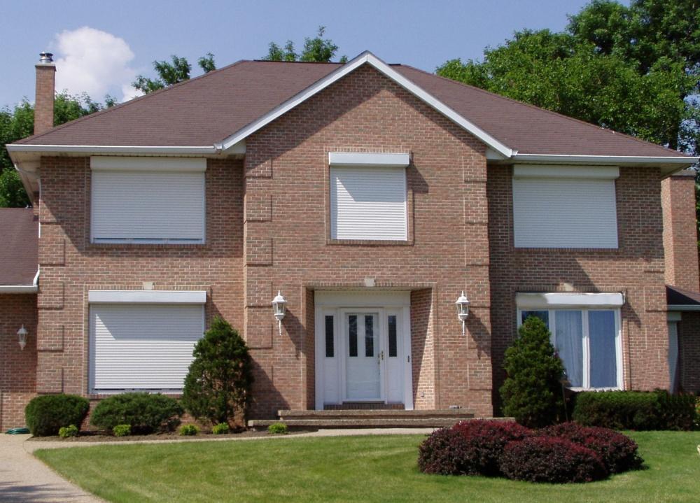 Рольставни на окна и двери для дома