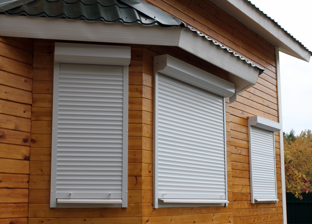 Рольставни на окна с ленточным или электрическим приводом