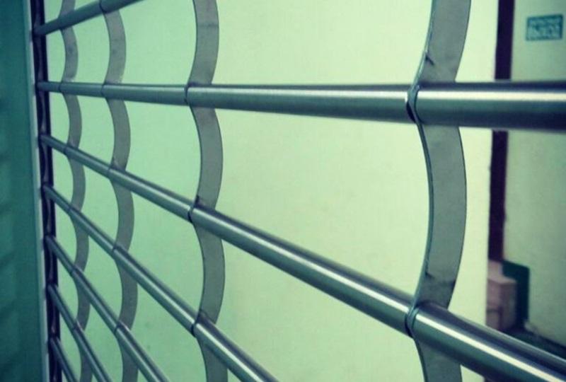 Трубчатые рулонные решетки