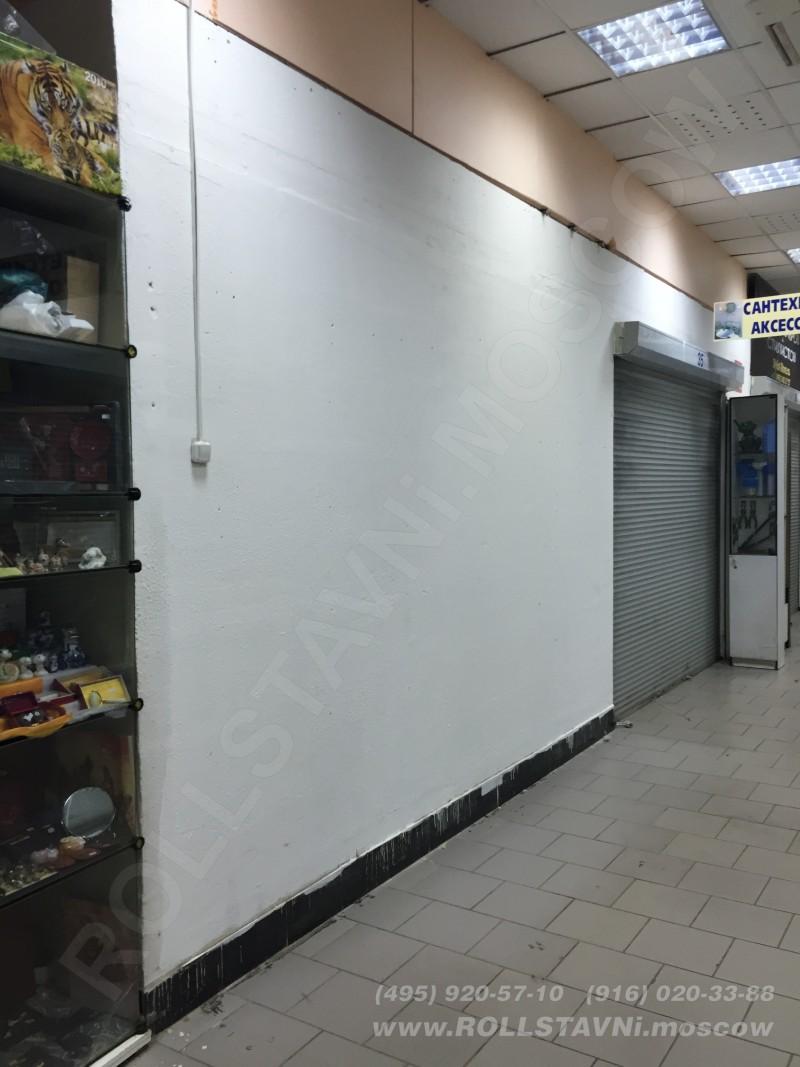 стенка для монтажа роллетного шкафа