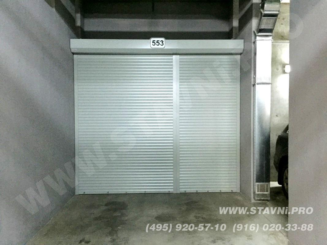 Шкаф с закрытыми рольставнями с ЖК Скайфорт