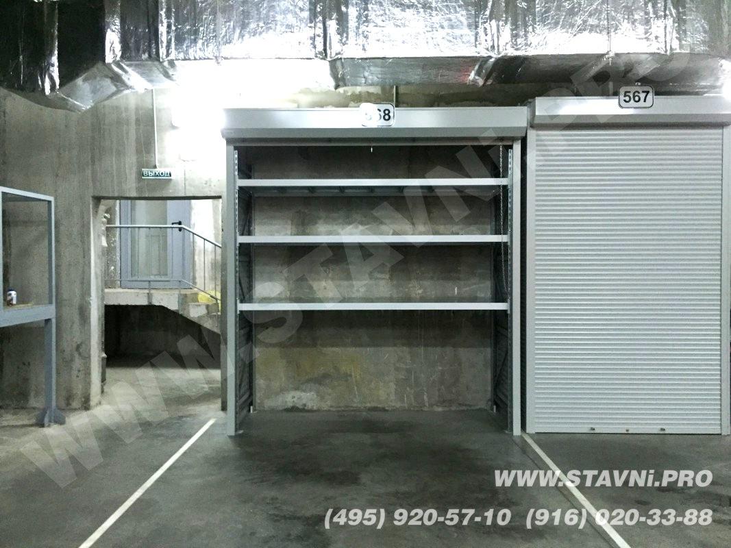 фото установленного роллетнго шкафа высотой 2800 мм